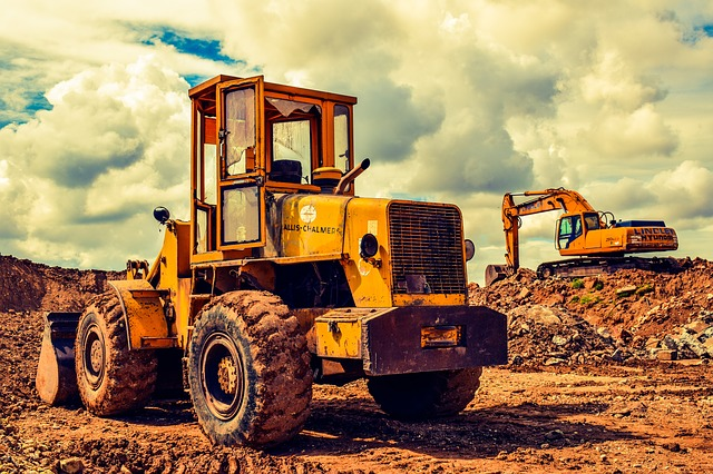 13 Top Heavy Equipment For Construction Business Owners