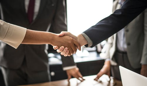 10 Timeless Lessons for Building Strong Business Partnership