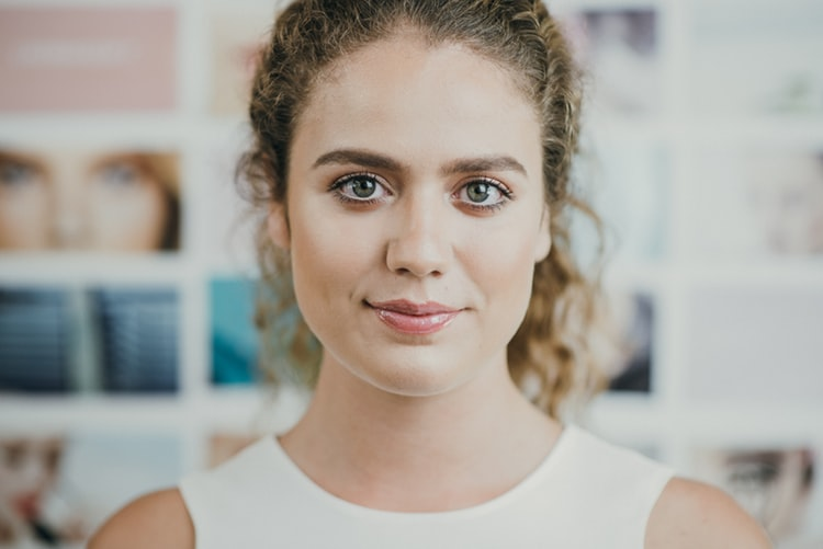 Top 5 Reasons Why Professional Headshots Are Important