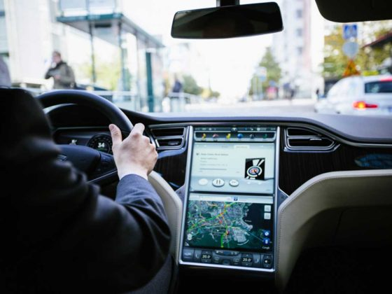 Top 10 New Technology of In-Vehicle Infotainment Systems