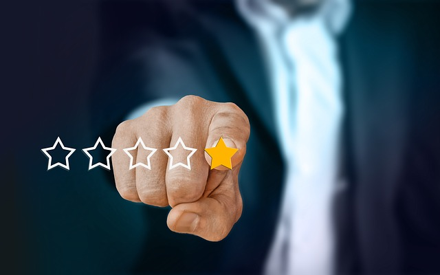 Top 5 Benefits of Embedding Yelp Reviews on your Website