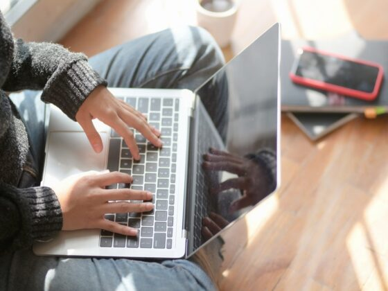 21 Powerful Hacks for Freelance Marketers