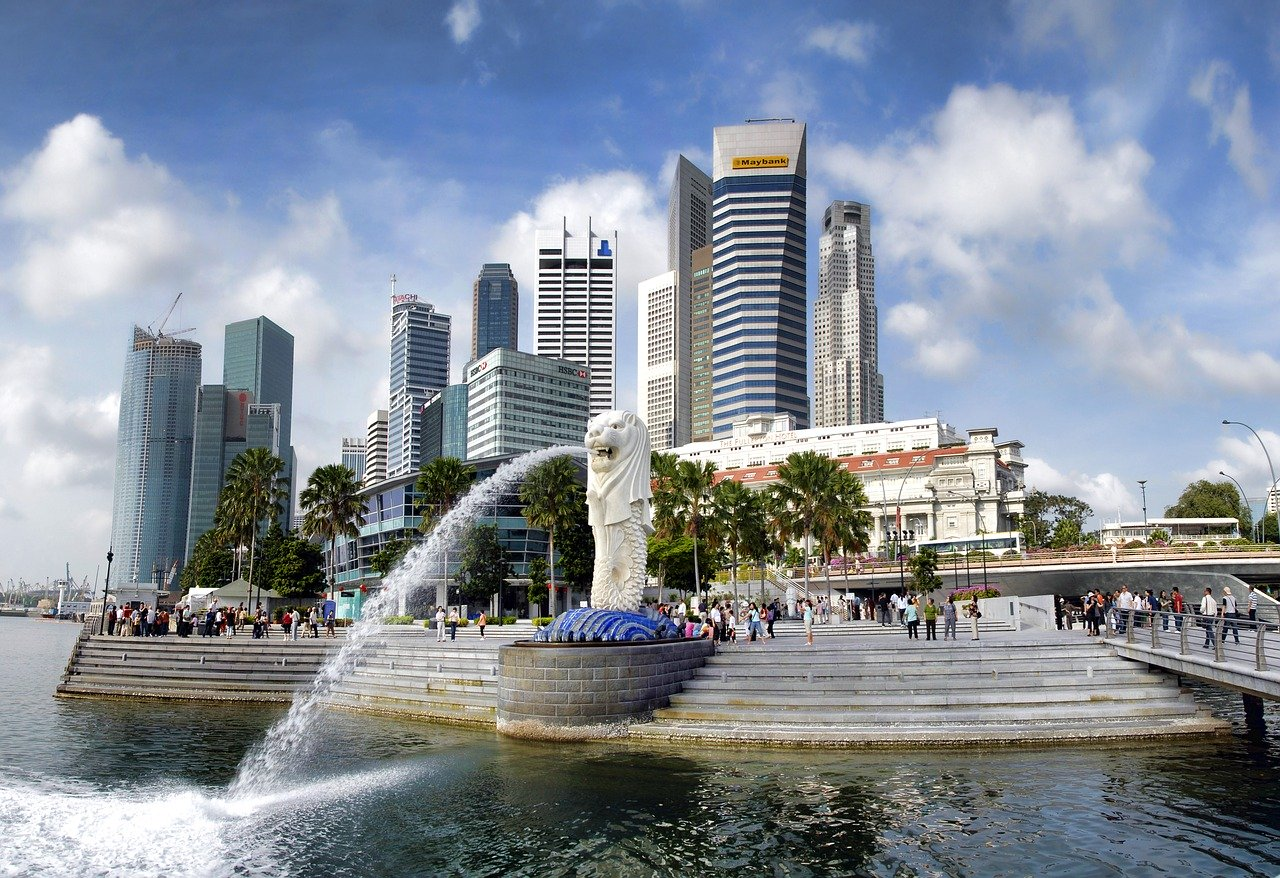 How Much Money Do You Need to Move to Singapore?