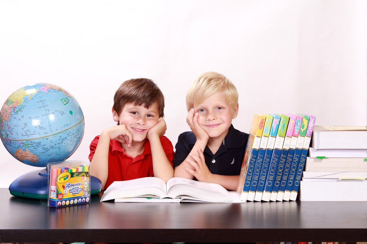 Educational Websites: 6 Basic Steps to Build A Useful One