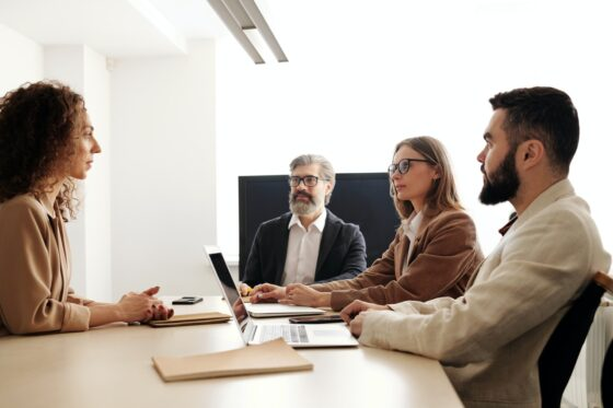 Few Selection Tips of HR Software for Your Business to Go the Distance