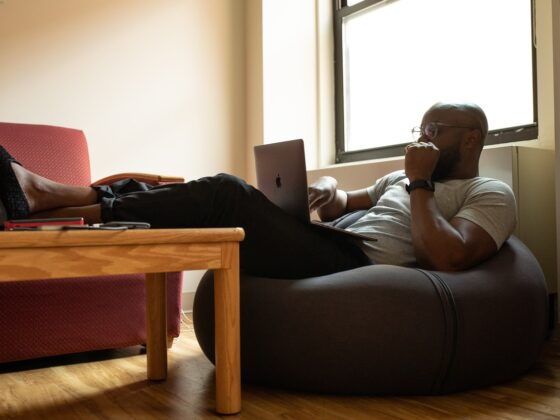 Be a Successful Remote Employee With These 6 Simple Tips