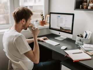 5 Essential Equipment to Make Good Money from Home Today
