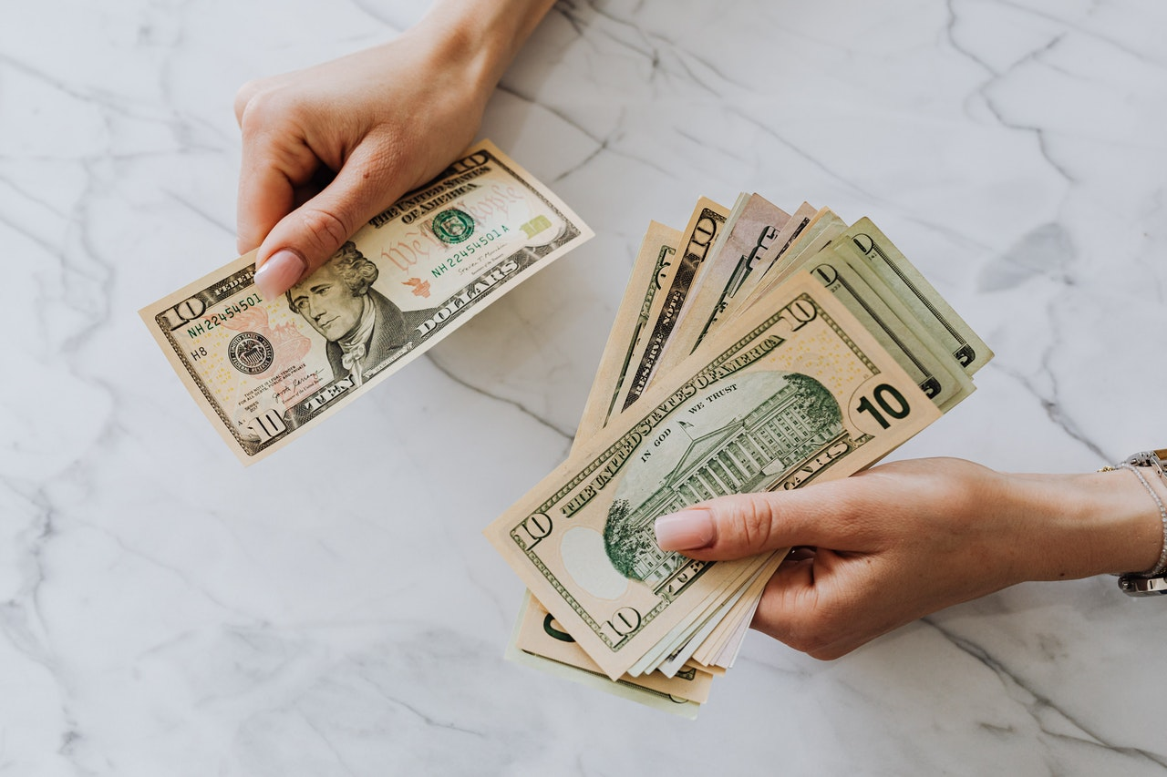 Easy Small Business Grants vs. Small Business Loans [2021]