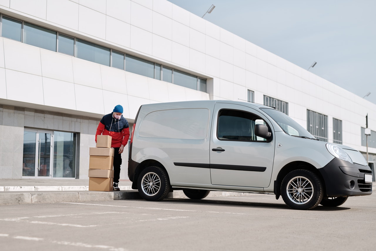 5 Best Safety Practices For Delivery Services With Vehicles