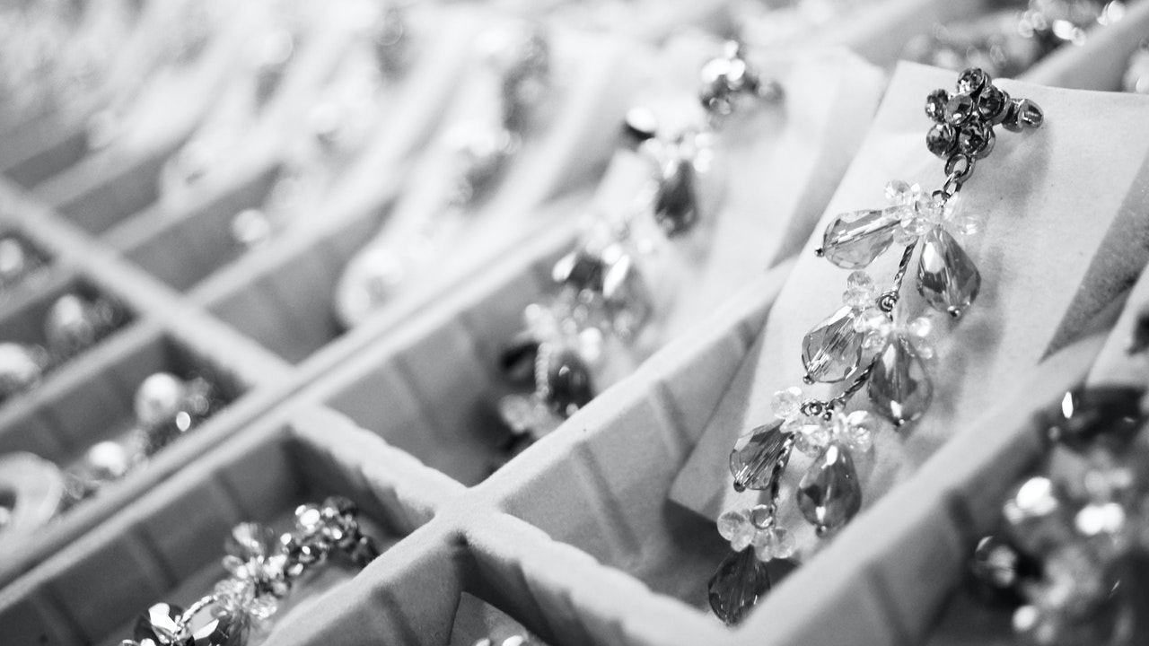 101 Guide to Precious Metal IRAs and Easy Ways To Invest Now