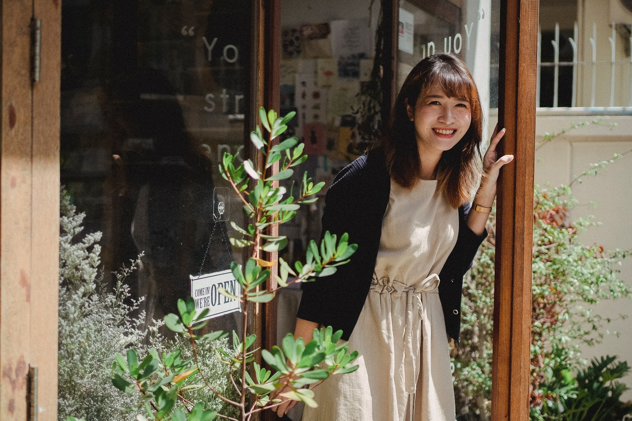 Growing A Small Business to Success: 5 Things To Know Now