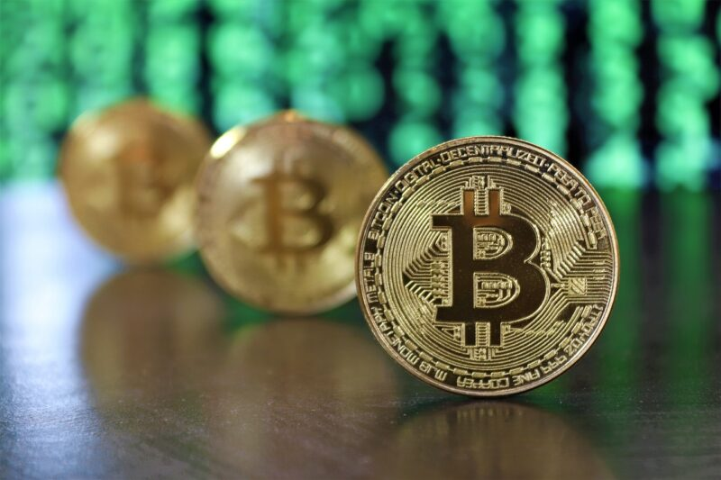 7 Ways Investor's Attention Affects Bitcoin Market Changes