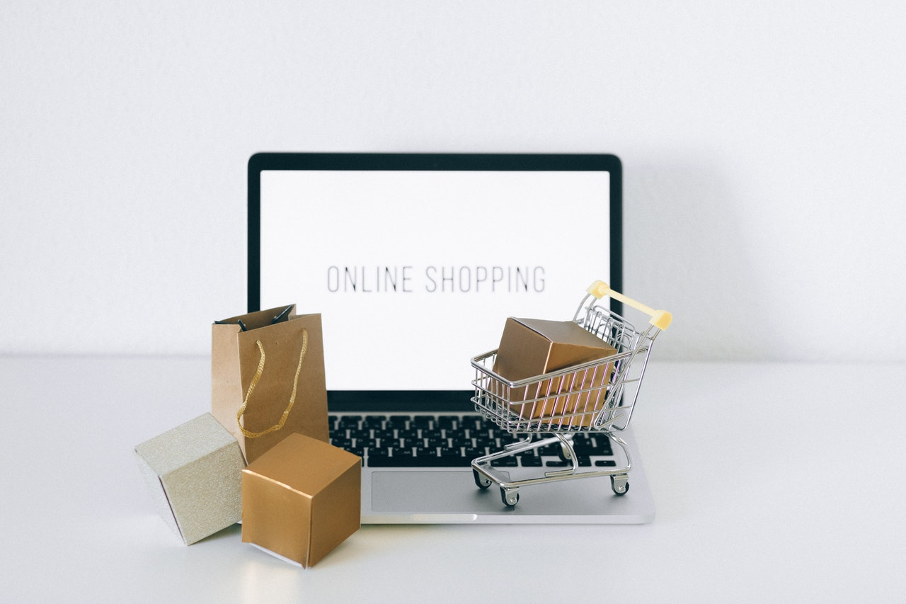 Using Powerful E-commerce Website to Engage Customers 101