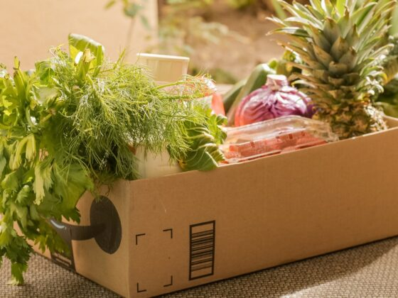 Shipping Perishables: Easy Guide For Small Businesses [2021]