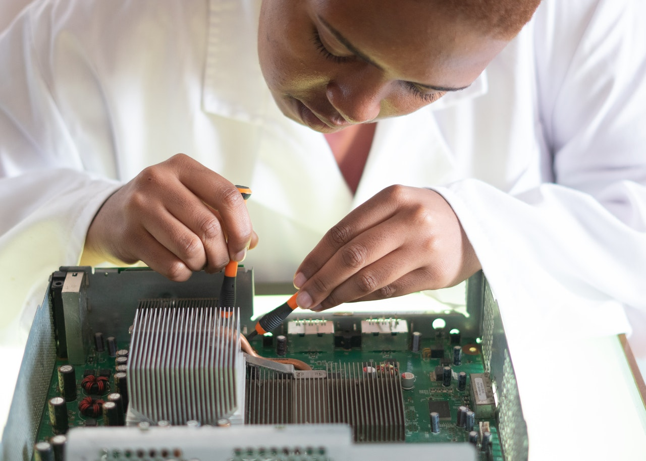 Know the Steps to Manage the Hardware Lifecycle