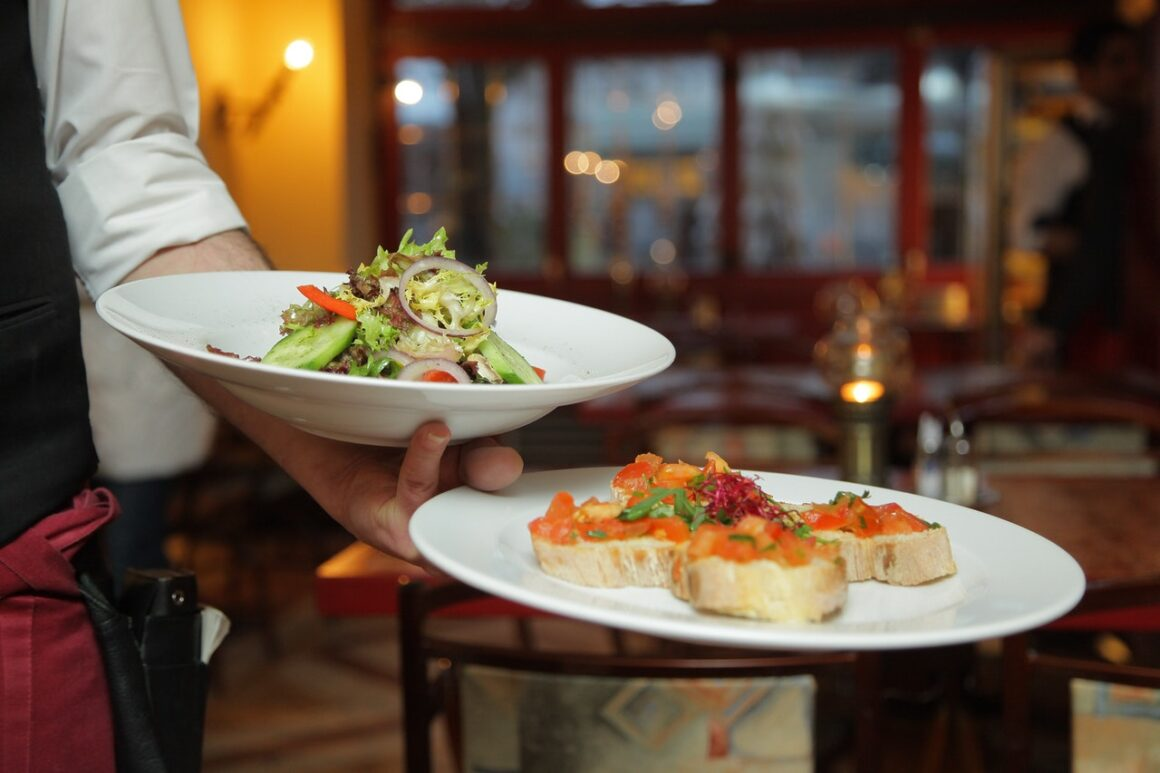 Setting Up A New Restaurant Business in 2021 and Beyond