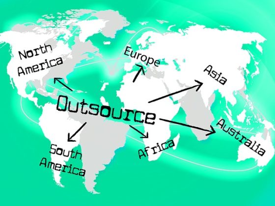 How 3 Outsourcing mistakes led to Closure of my Startup