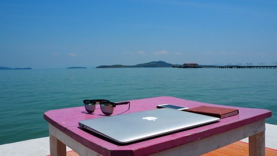 5 Reasons Why Remote Workers Are More Engaged Than Office Workers