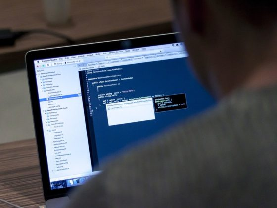 The 5 Benefits of Hiring a Remote Developer for Jobs in 2020