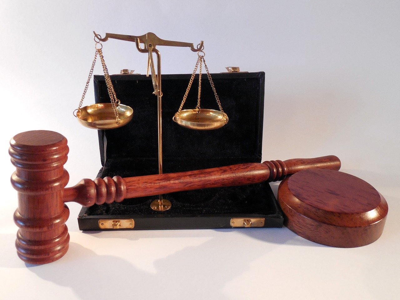 Hiring a Bail Bondsman 2020: 11 Things to Keep in Mind Today