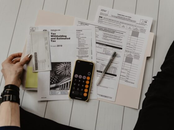 Professional Bookkeeping Services: 7 Reasons You Need One