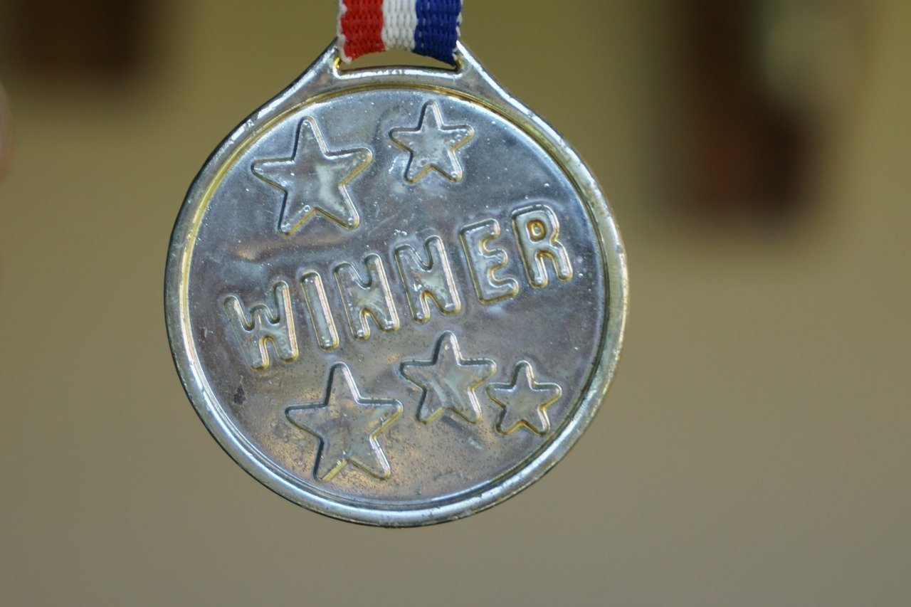 Special Awards and Trophies Business 2020: 5 Success Tips
