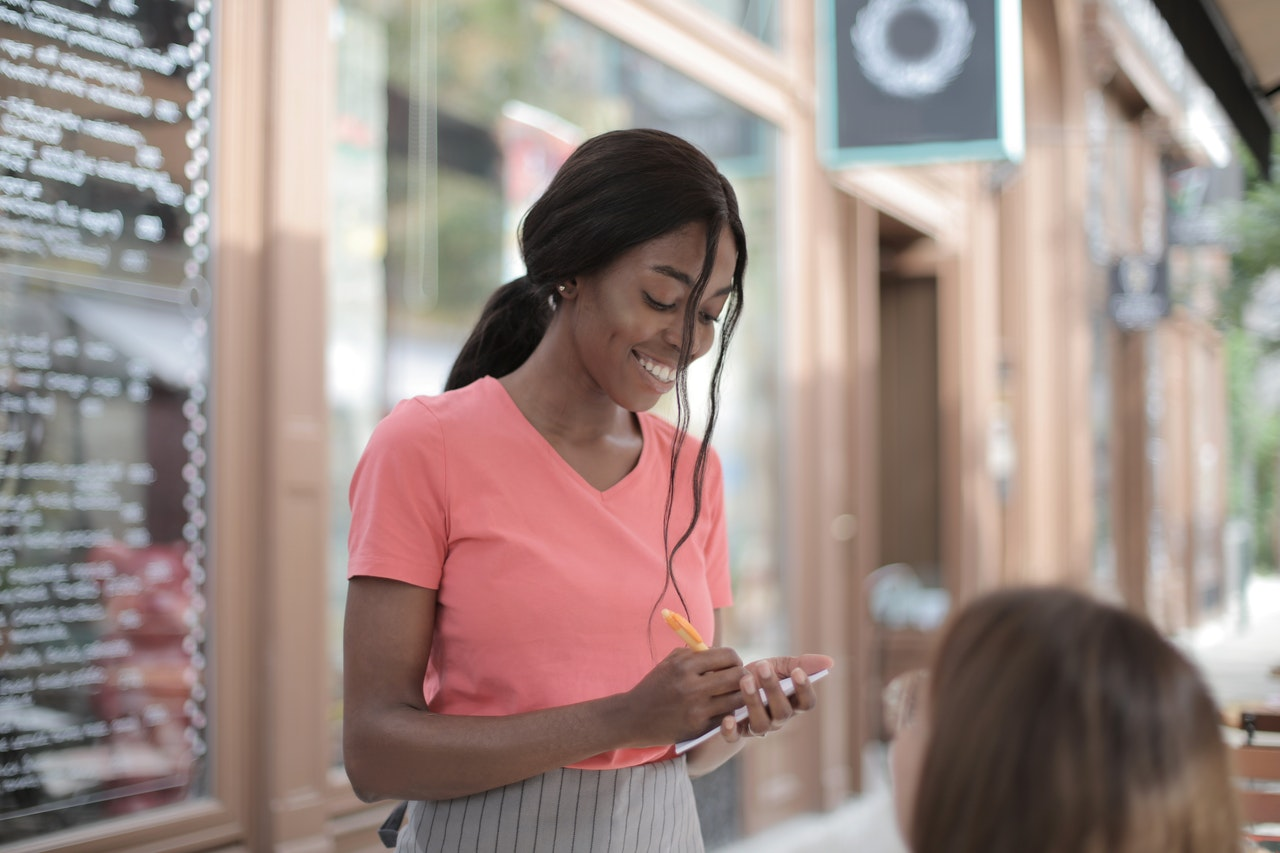 Take Your Customer Service to the Next Level: 13 Easy Ways