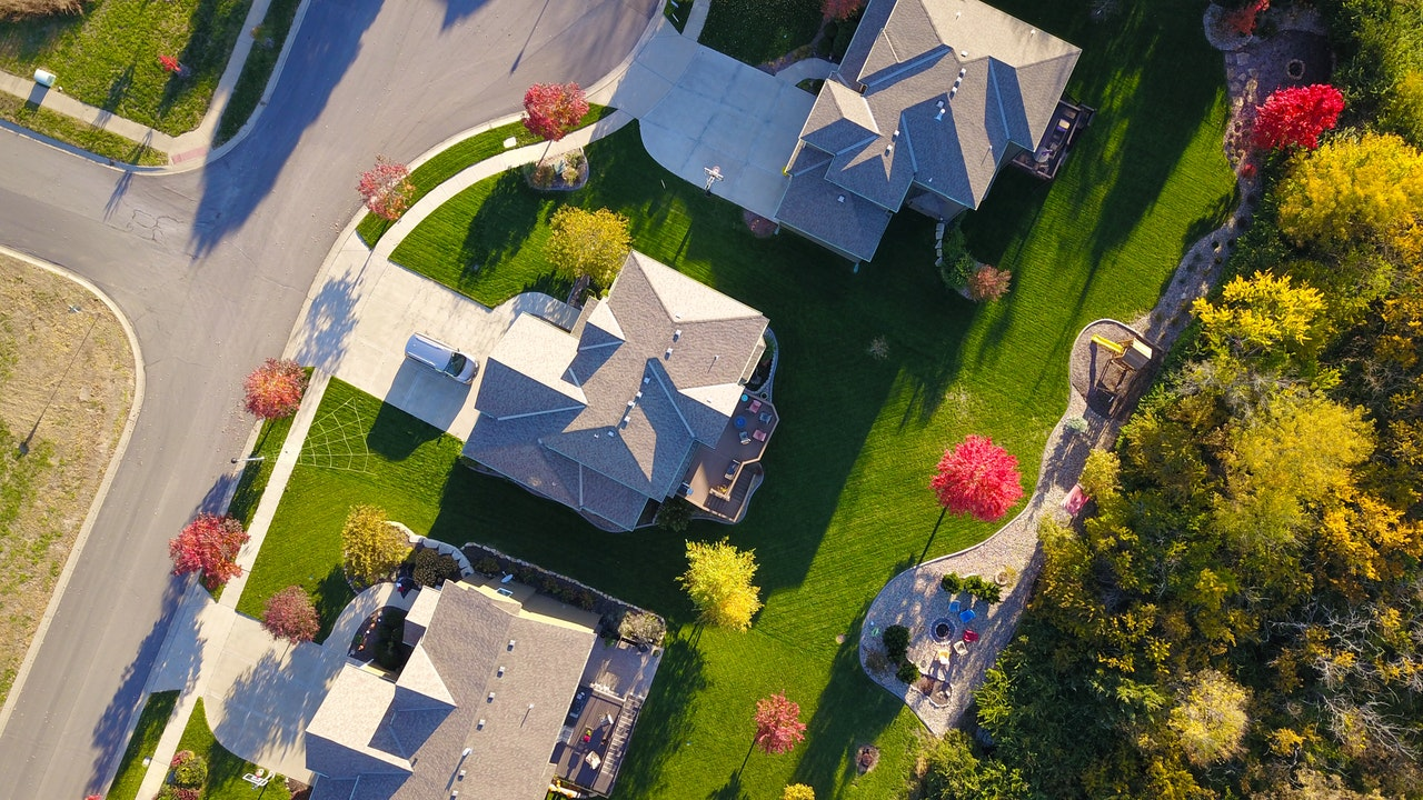 Invest In Real Estate In The USA: 6 Best Places To Start Now