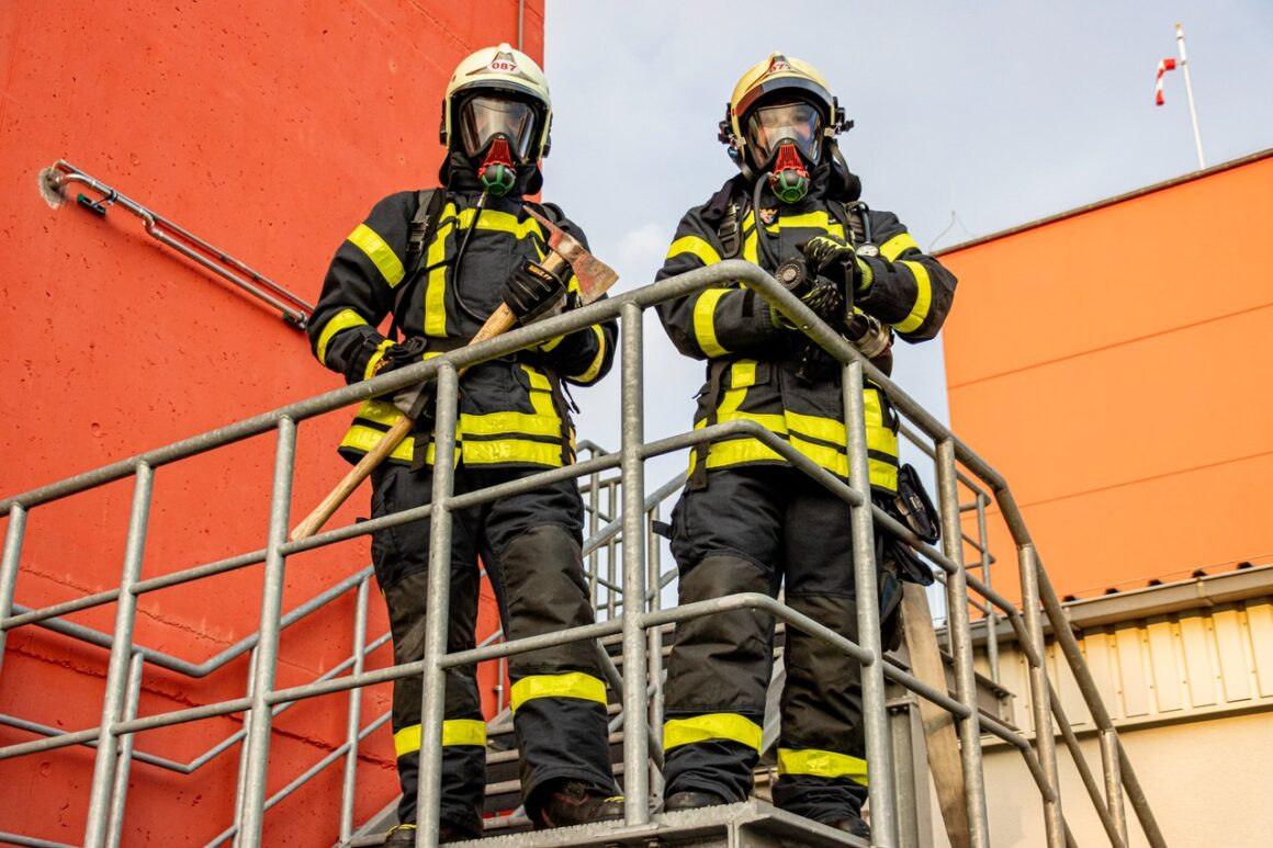 Promoting a Safe Factory Environment: 8 Big Tips to Follow