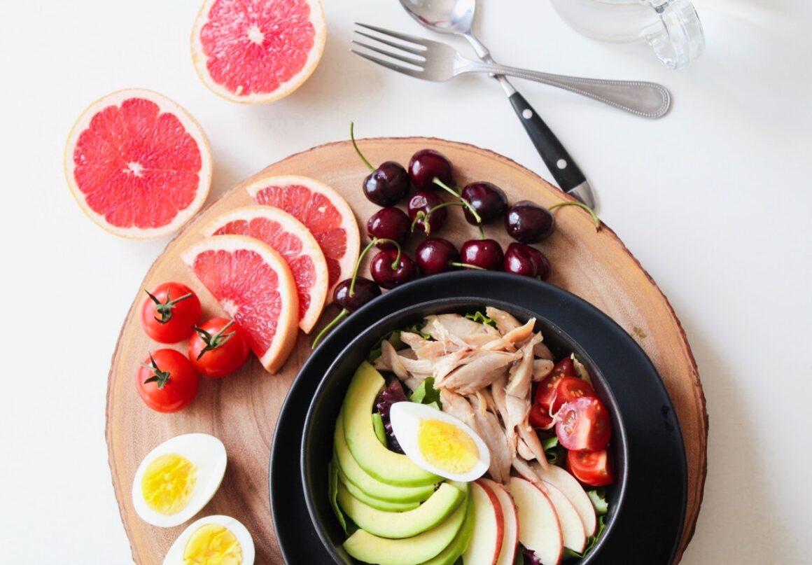 4 Myths About Healthy Lifestyle & Easy Tips to Live Healthy